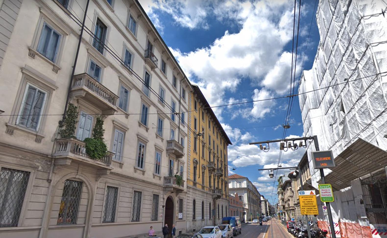 Milano (Ticinese) - porzione di Palazzo in vendita — Luigi ...
